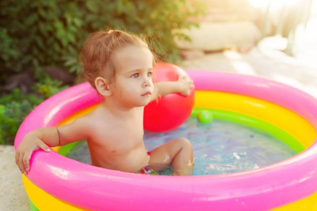 ¿Por qué no es buena idea poner una piscina en el balcón?